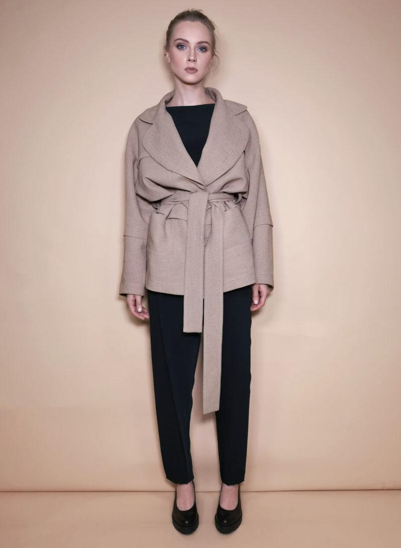coat-paltas-blouse-palaidinė-trousers-kelnės