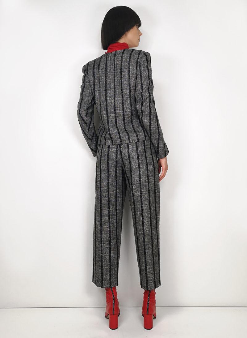 blouse-palaidinė-trousers-kelnės-sweater-megztinis-belt-diržas