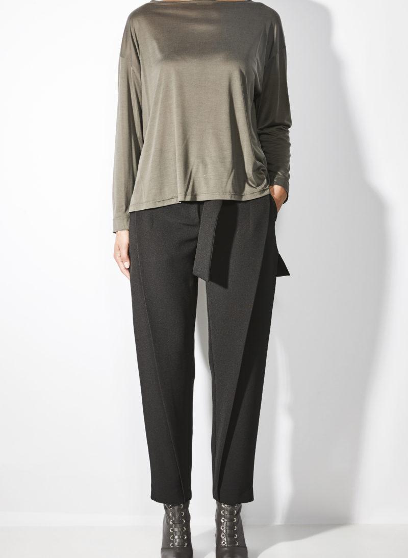 blouse-palaidinė-trousers-kelnės-bag-rankinė